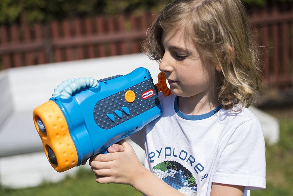 Zabawki Little Tikes to bezpieczna zabawa dla małych dzieci.