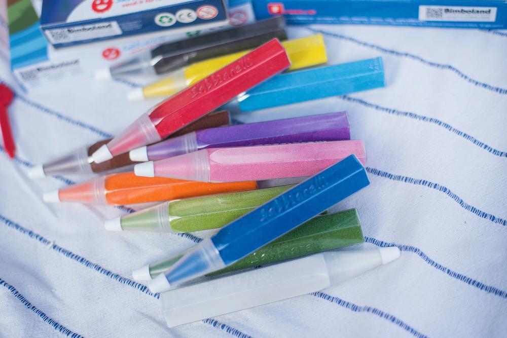 Malowanie piaskiem - zestawy kreatywne i albumy do kolorowania.