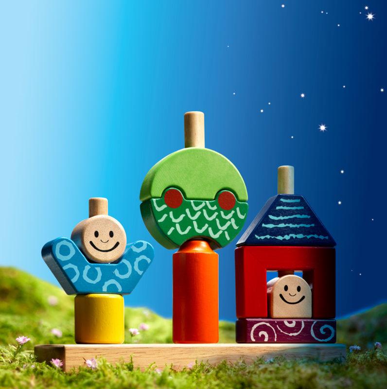 Dzień i noc to propozycja gry dla 3 latków, która uczy analitycznego myślenia i zapewnia świetną zabawę.