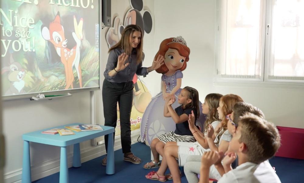 Angielski z Disneyemto świetny sposób na naukę języka przez zabawę.