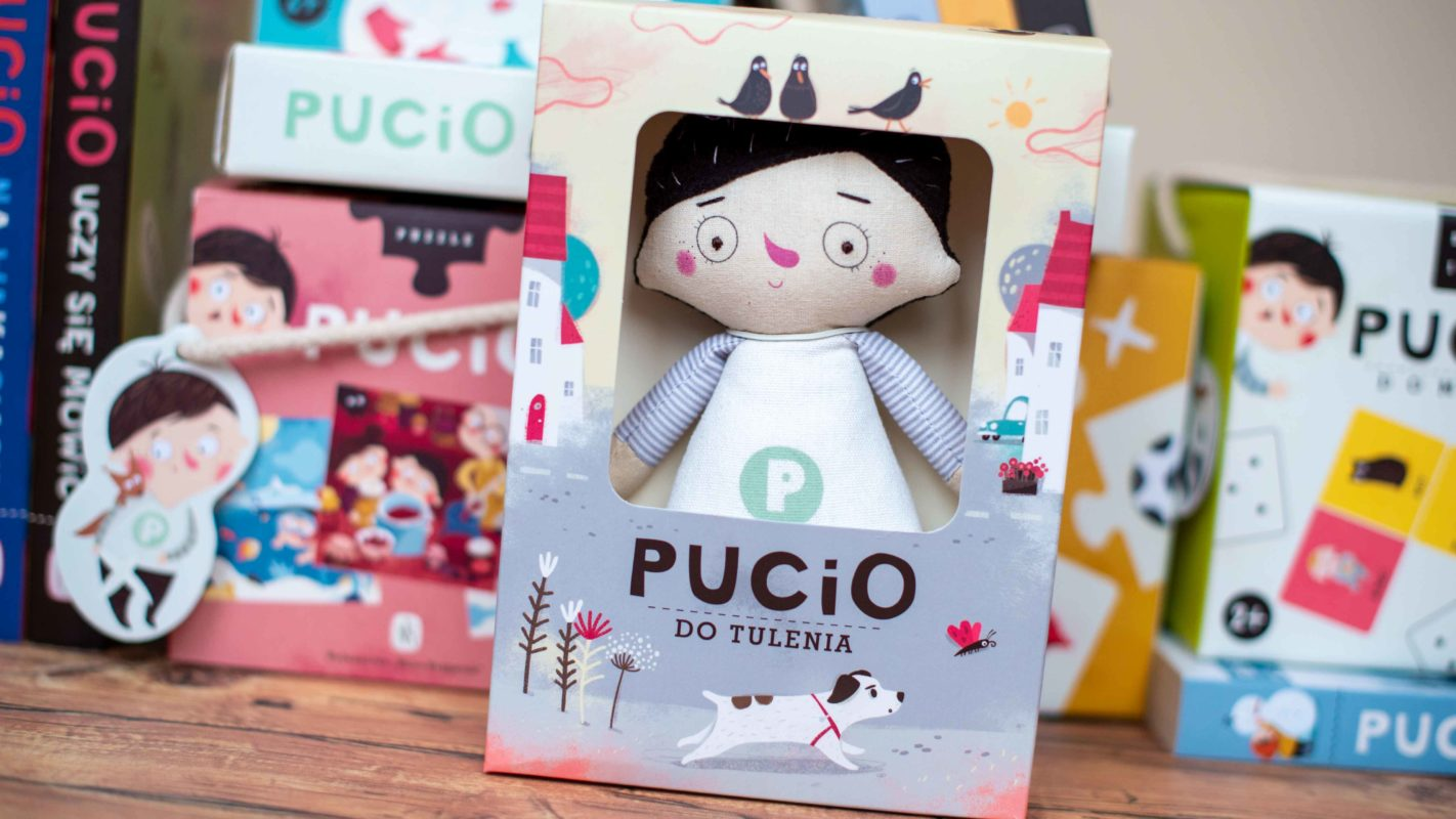 Pucio do tulenia to maskotka sympatycznego chłopca z serii książek o Puciu.