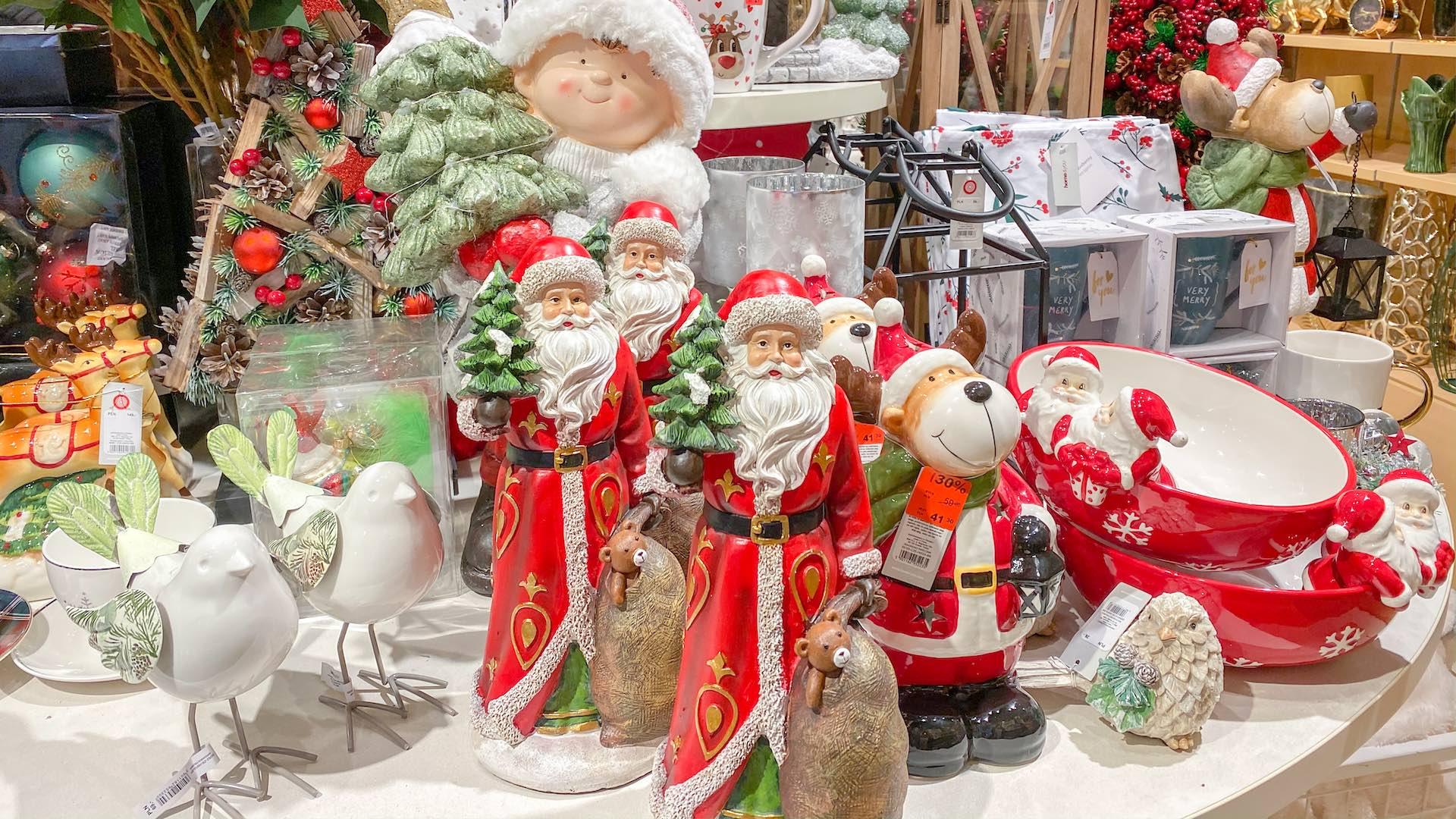 Piękne ozdoby świąteczne i dekoracje na Boże Narodzenie